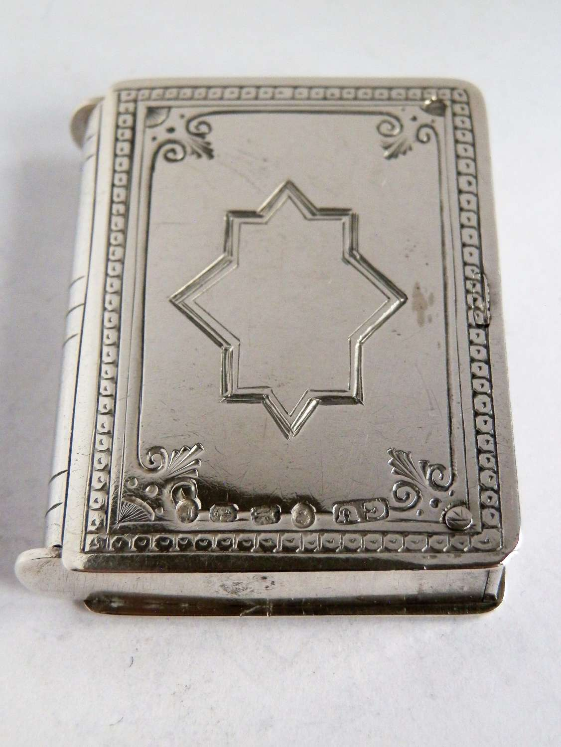 Victorian silver vesta case, double opening, 1877