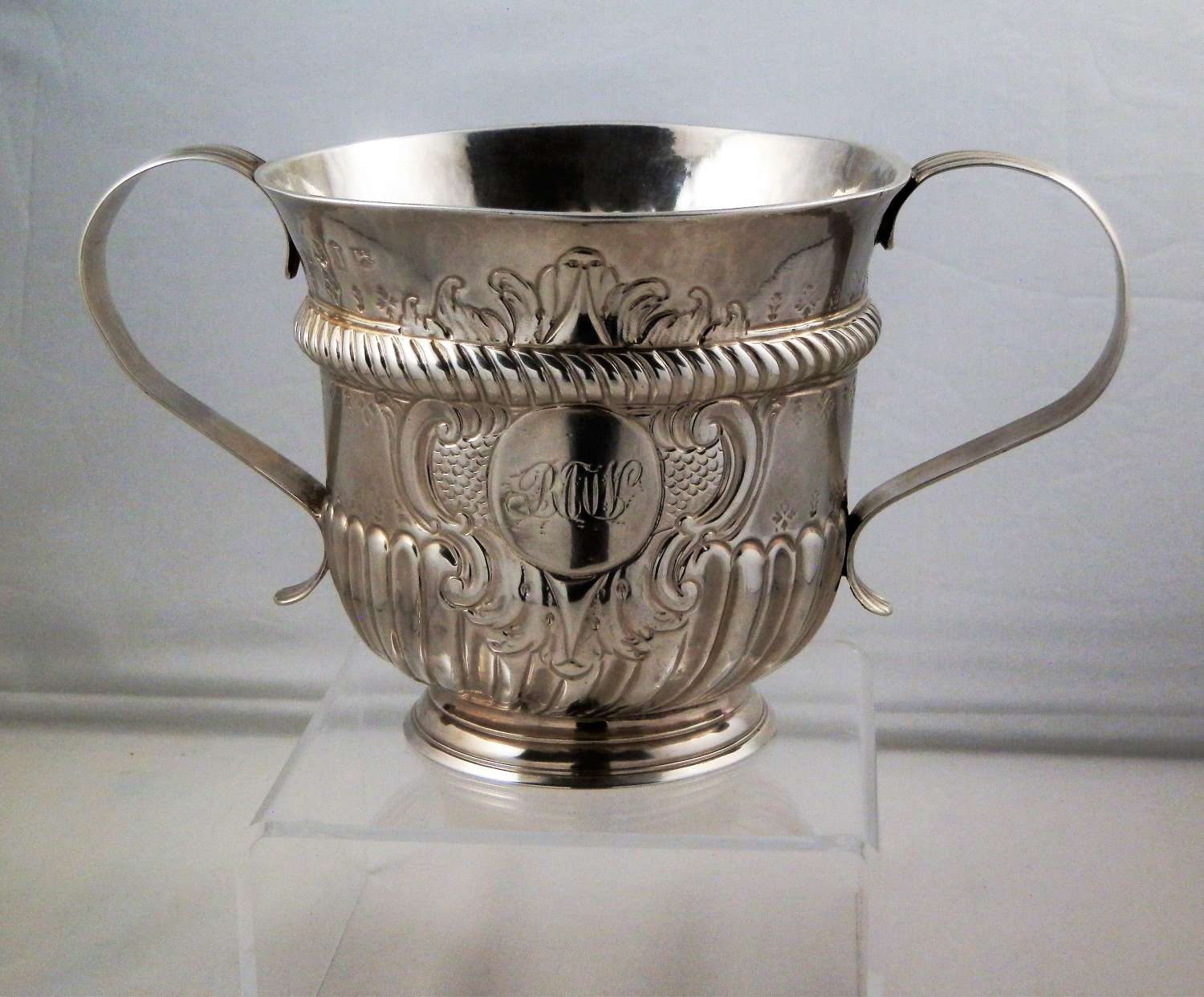 George II silver porringer, Richard Bayley 1746