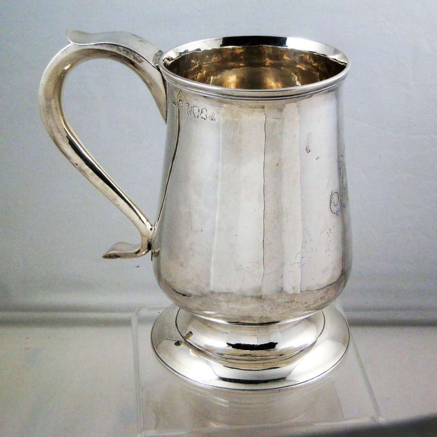 English Provincial silver tankard, Dorothy Langlands, Newcastle
