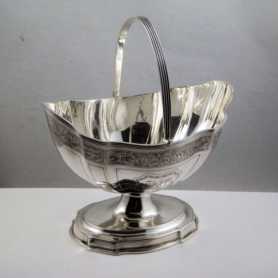 Chester silver sugar basket, Nathan & Hayes, 1915