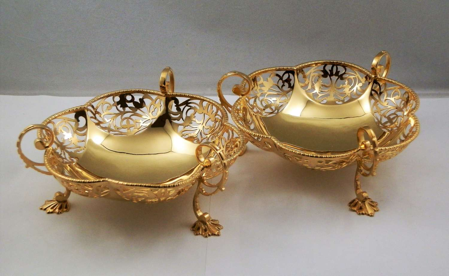 Pair of silver gilt bon bon dishes, London 1917