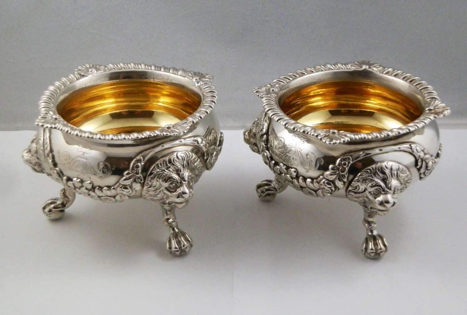 George III pair of extra large salts, London 1813
