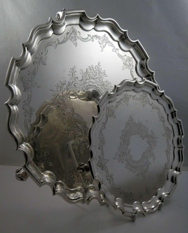 Edwardian set of two silver salvers, London 1908