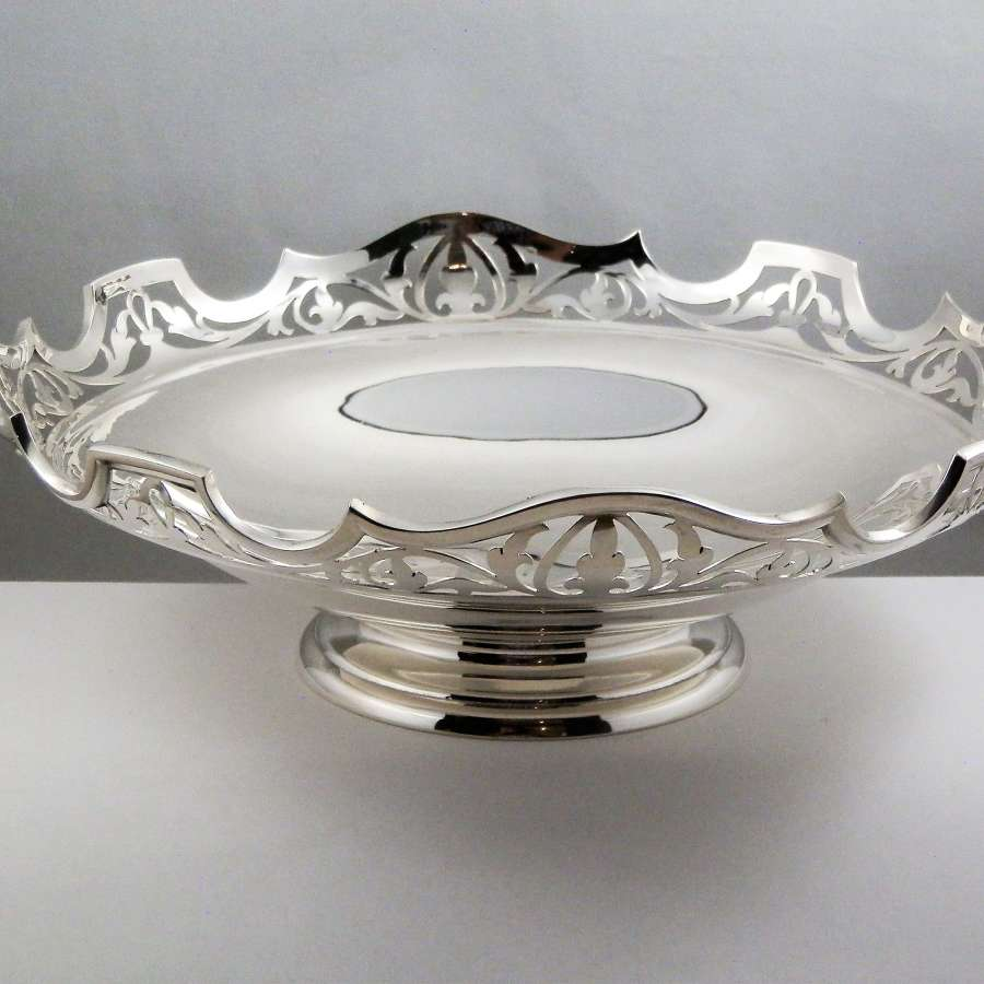 George V silver fruit bowl or bread basket, Sheffield 1914