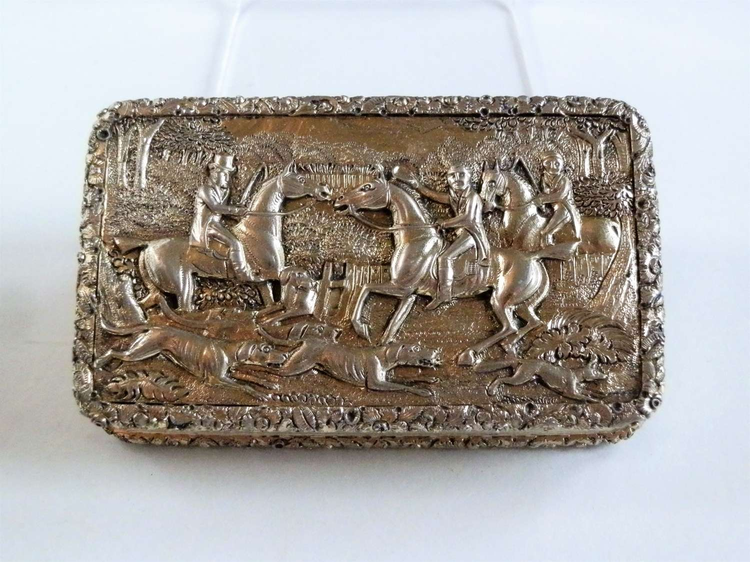Georgian silver gilt hunting snuff box, Birmingham 1829