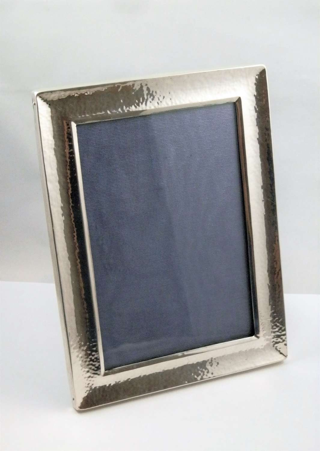 Arts and crafts silver picture frame, Birmingham 1902