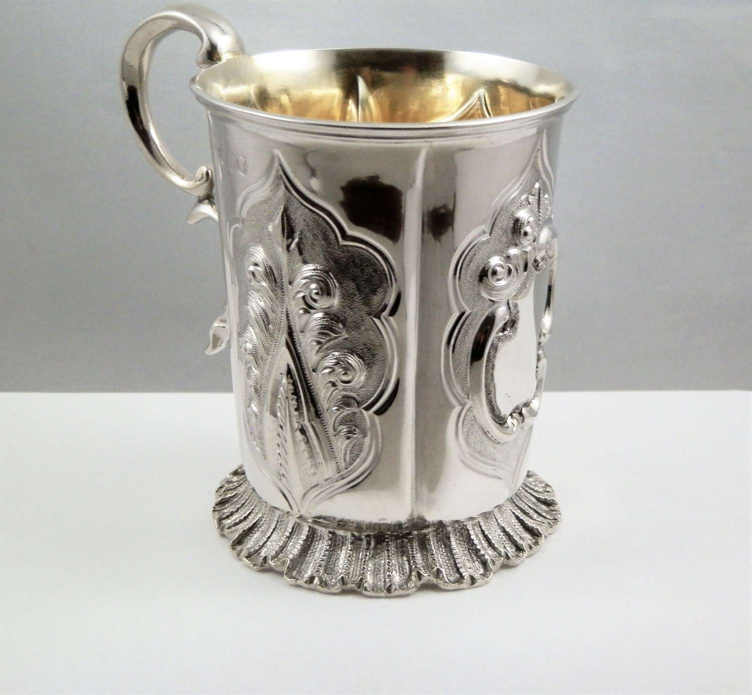 Early Victorian silver christening mug, 1847