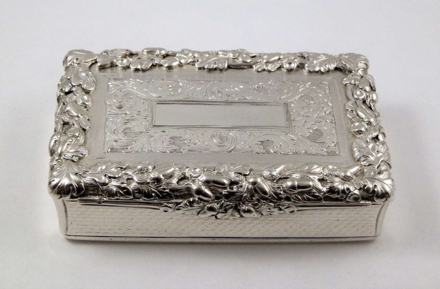 Victorian silver table snuff, Nathaniel Mills, 1839
