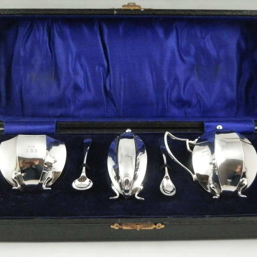 George V cased silver 5 piece condiment set, 1915