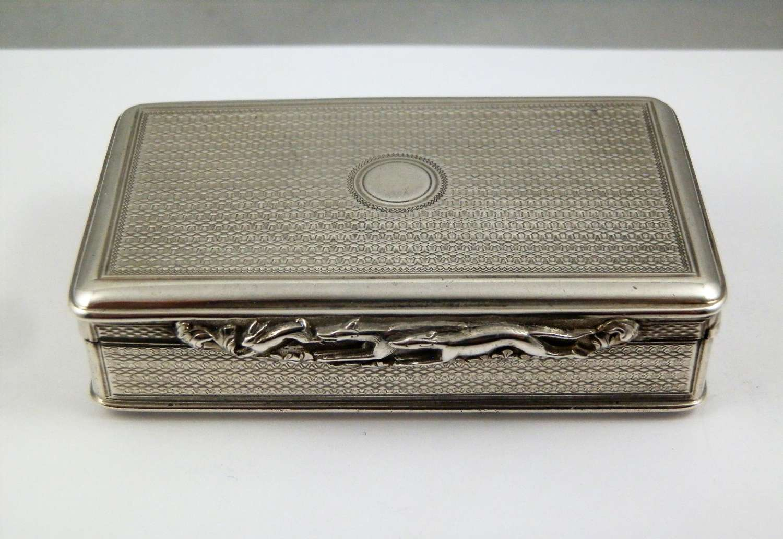 A George IV silver table snuff box, London 1825