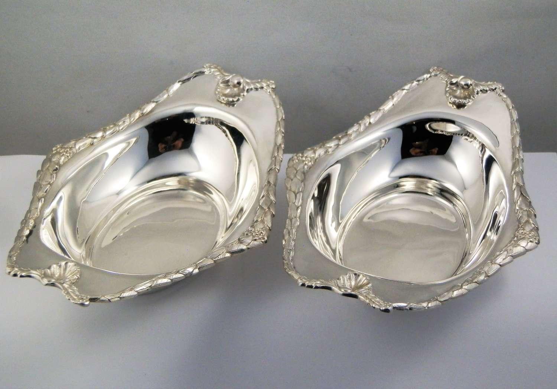 Edwardian pair of silver bon bon dishes, London 1906