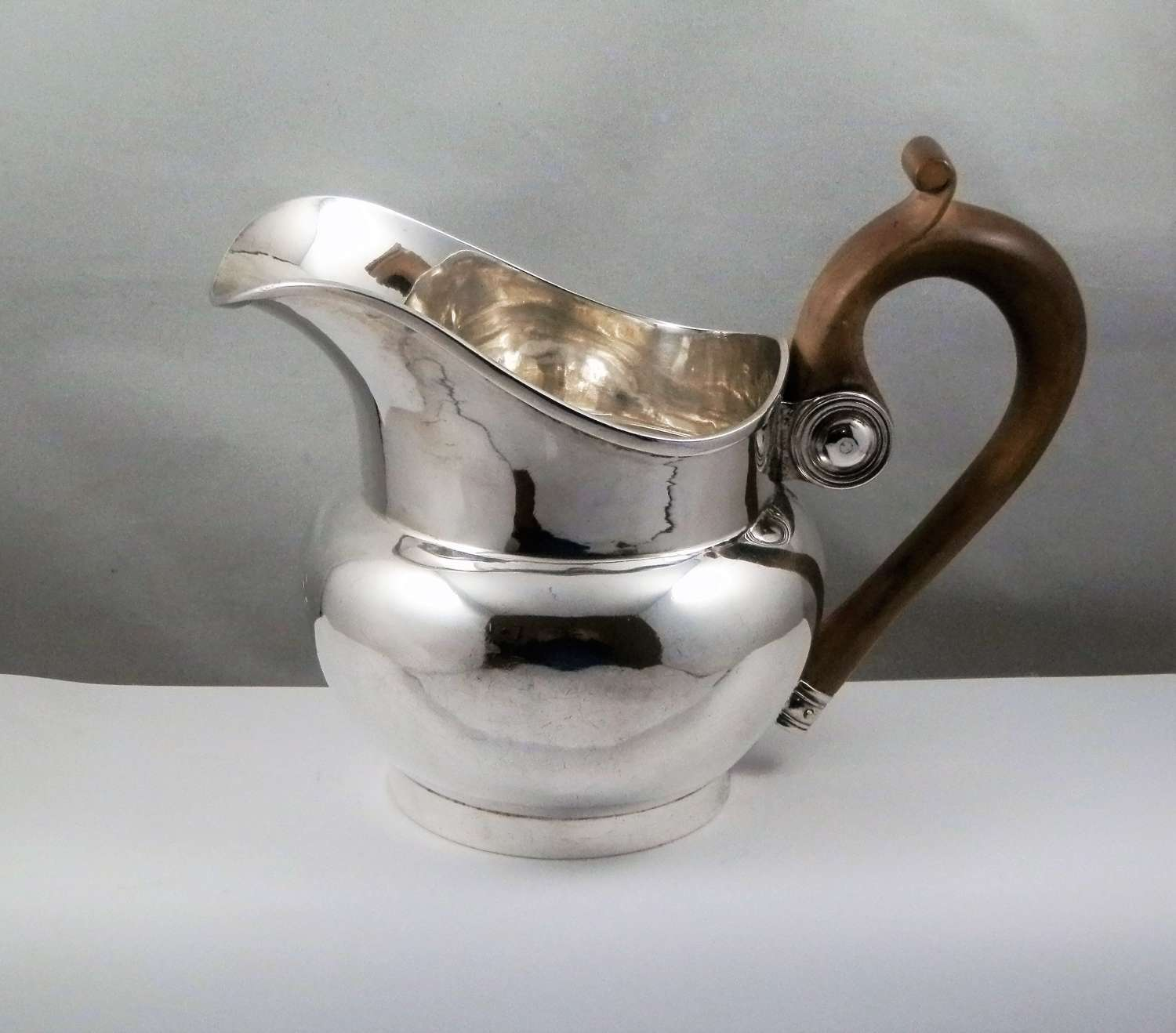 Victorian Scottish silver jug, Hamilton & Inches, Edinburgh 1874