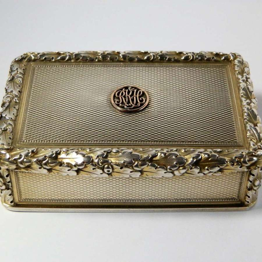 William IV silver gilt snuff box, London 1828