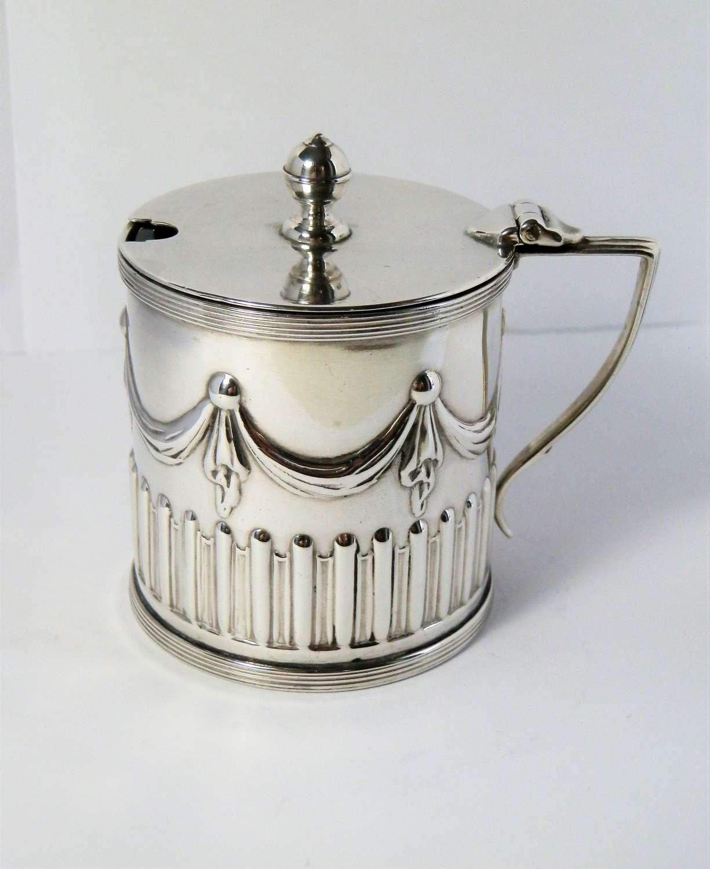 Victorian silver Adam style drum mustard pot, Sheffield 1894