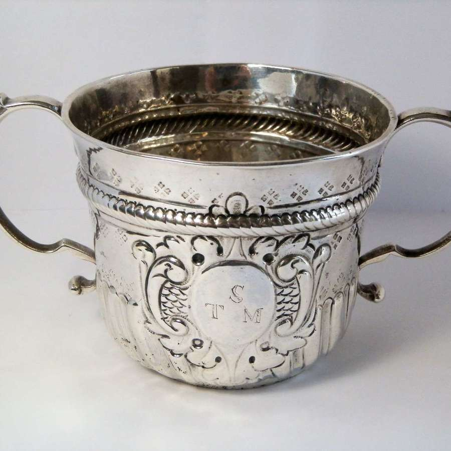 George I Britannia silver porringer, William Pearson 1719