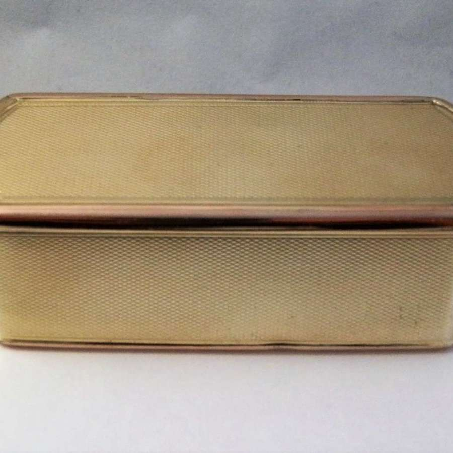 George III silver gilt table snuff box, London 1812