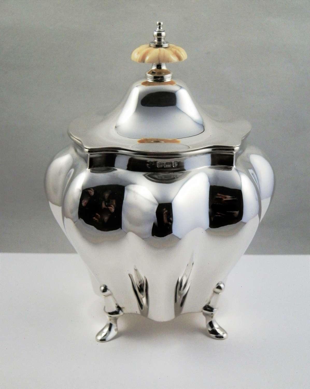 Edwardian silver tea caddy, Sheffield 1903