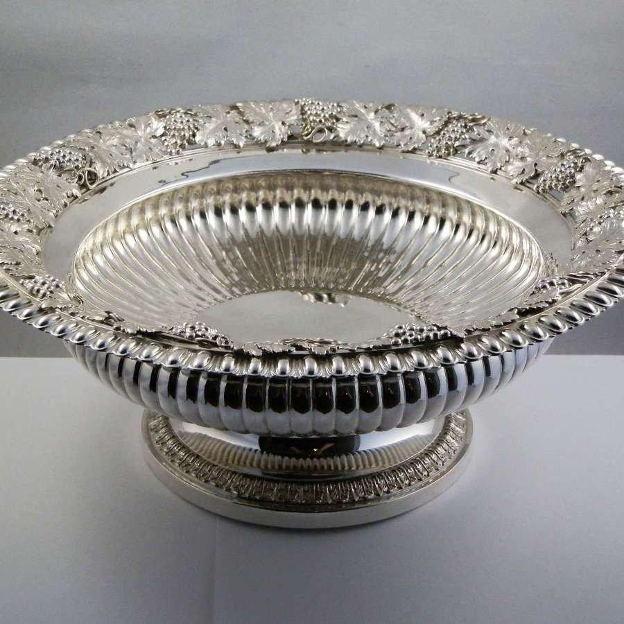 George III silver fruit bowl, William Eaton, London 1817