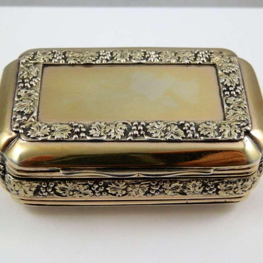 George III silver gilt pocket snuff box, Pemberton & Mitchell, 1814