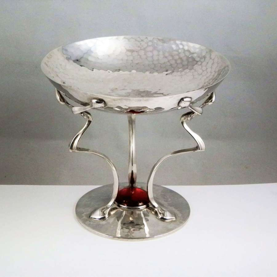 Art Nouveau silver tazza with cabouchon, John Round Sheffield 1904