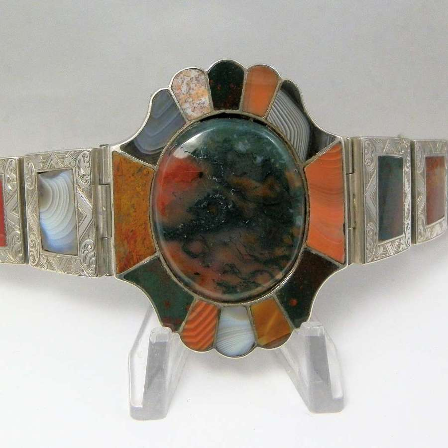 Victorian Scottish silver and agate bracelet, c.1880