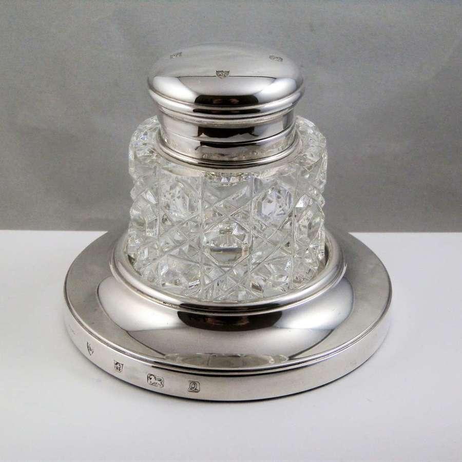 An Elizabeth II silver and glass inkwell, Birmingham 1990
