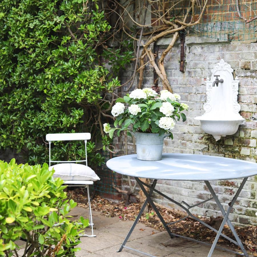 Large antique French bistro round folding garden table