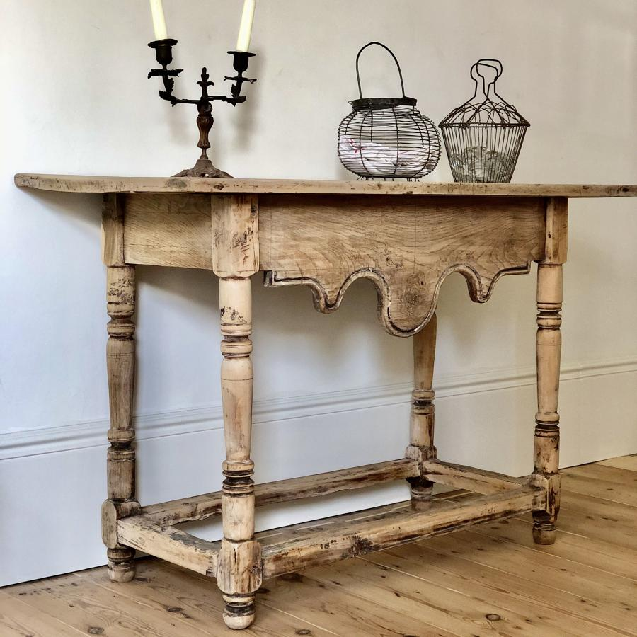 French antique early 19th century small oak table