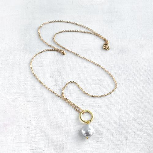 Lydia necklace - grey coin pearl