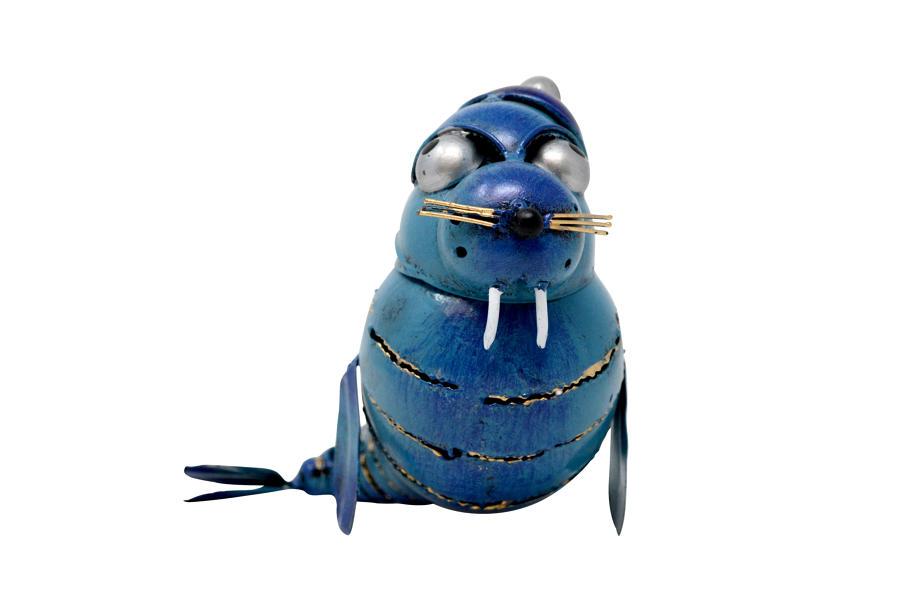 Walrus with Hat Tea light