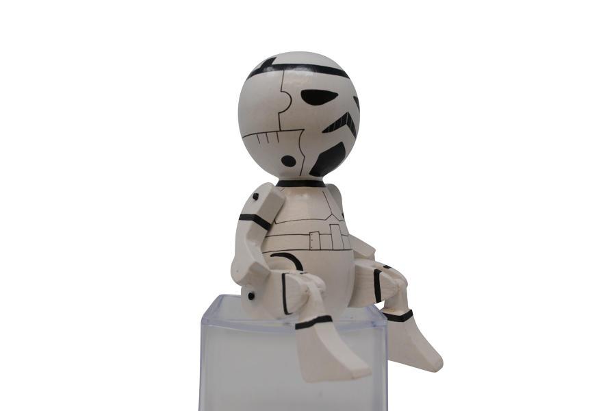 Round Sitting Trooper