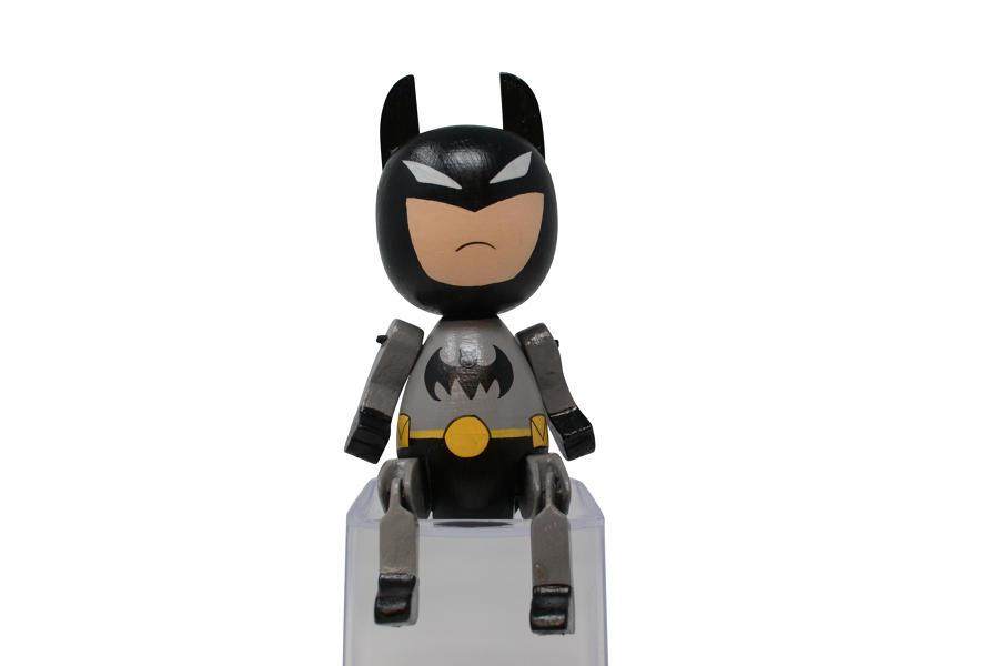 Round Sitting - Batman