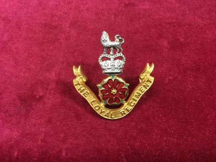 ERII Loyal Regiment Officers Cap Badge