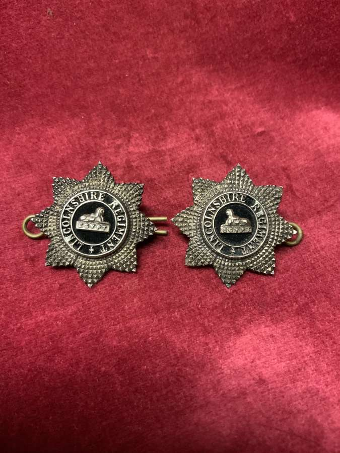 Lincolnshire Regiment V.B. Officers Collar Badges Pair