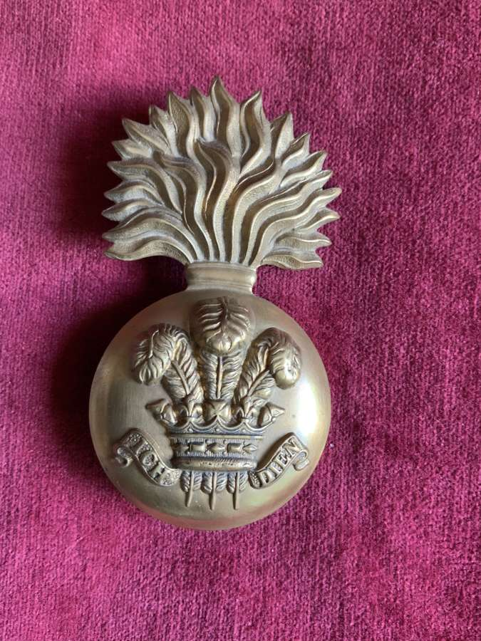 Royal Welsh Fusiliers, Or's Glengarry Badge