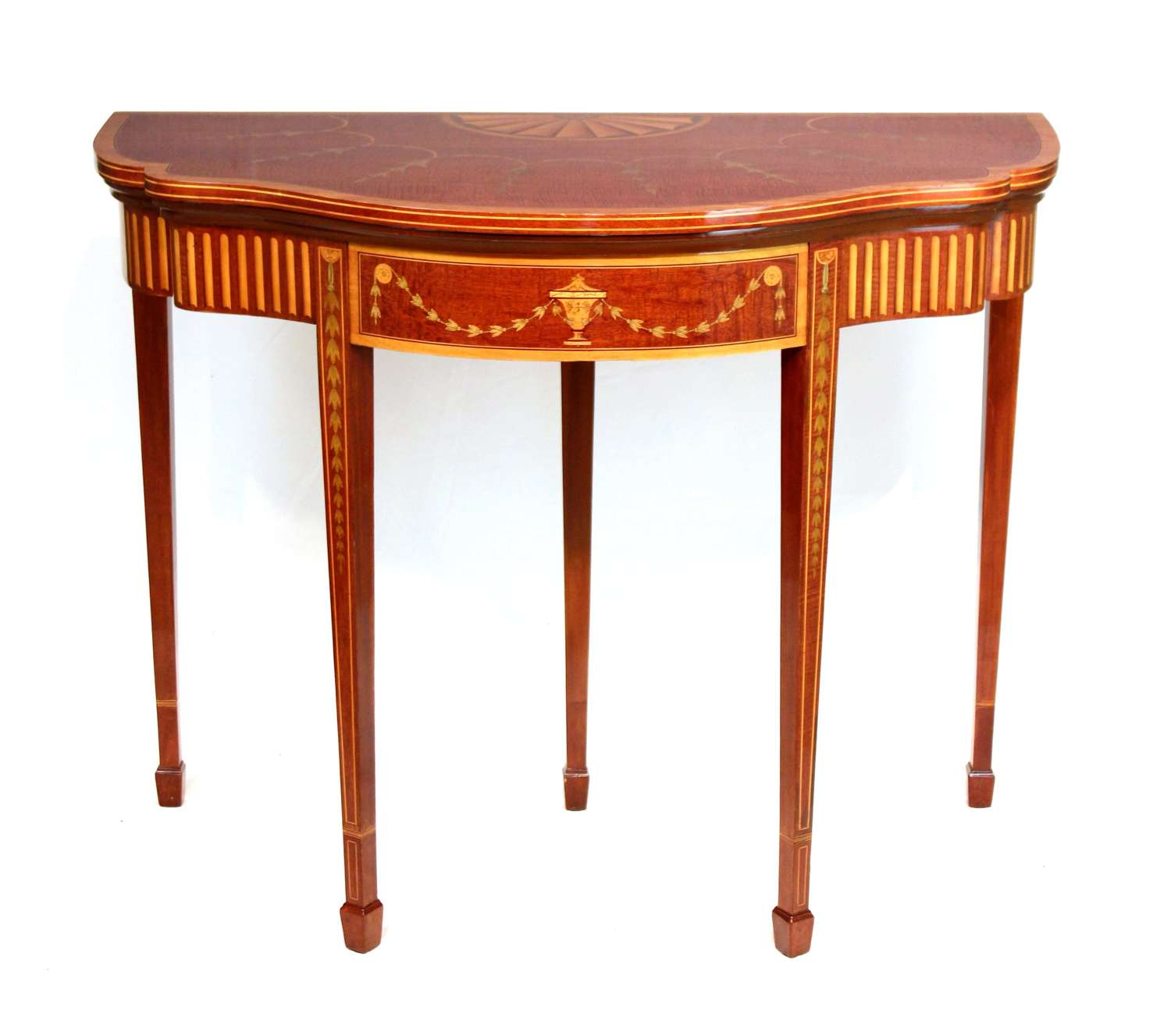 A Quality Late Victorian Mahogany Inlaid Serpentine Card Table