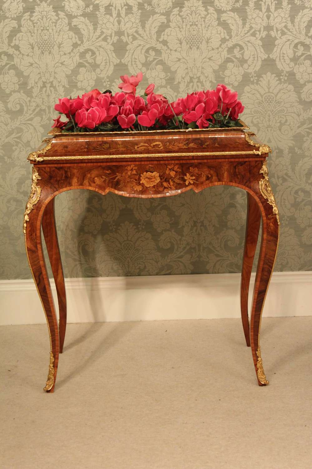 A Burr Walnut Inlaid and Ormolu Mounted Jardinière