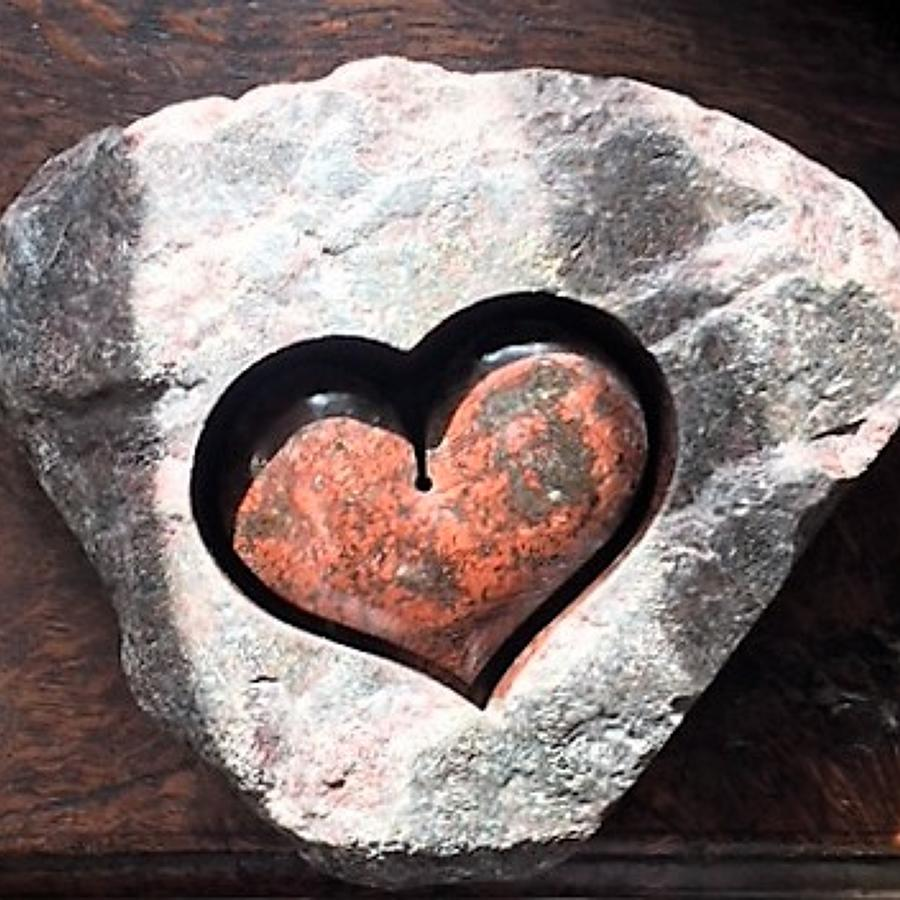 Samvado. Serpentine Heart.