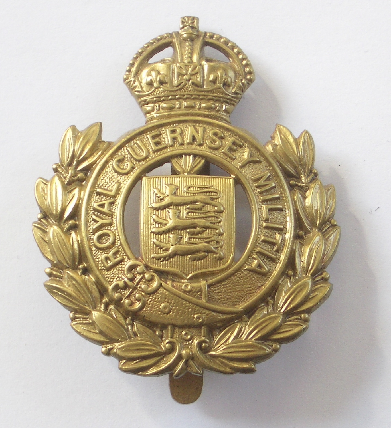Royal Guernsey Militia cap badge
