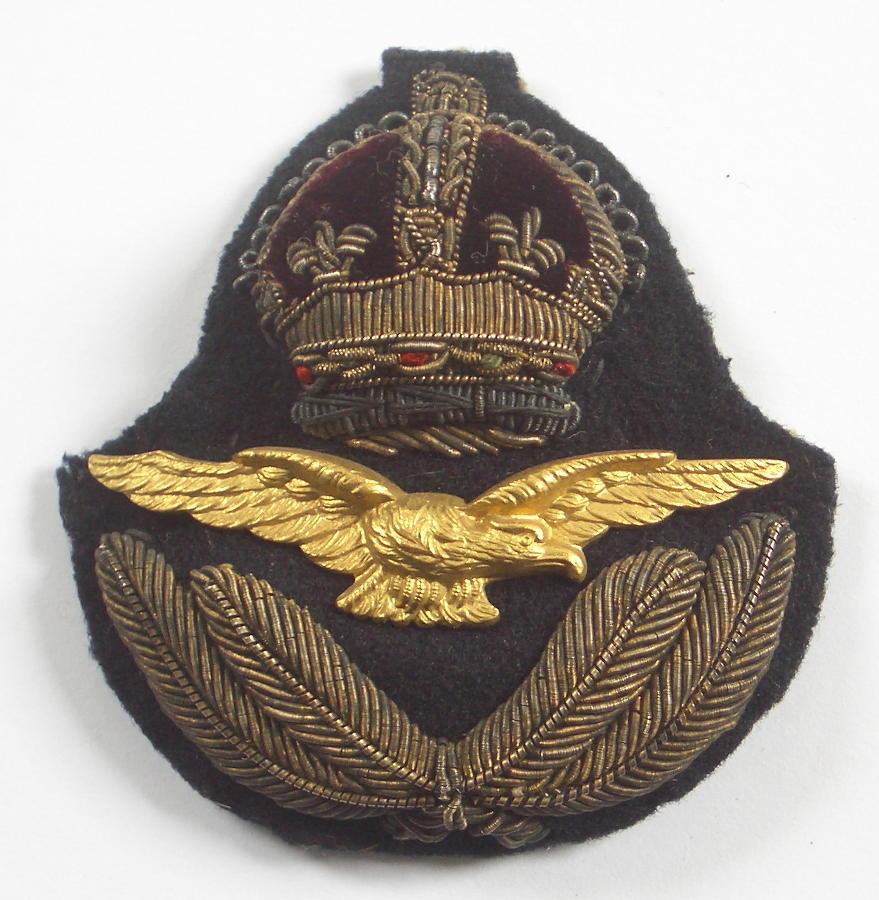 Late WW1 / inter war RAF Officer's cap badge