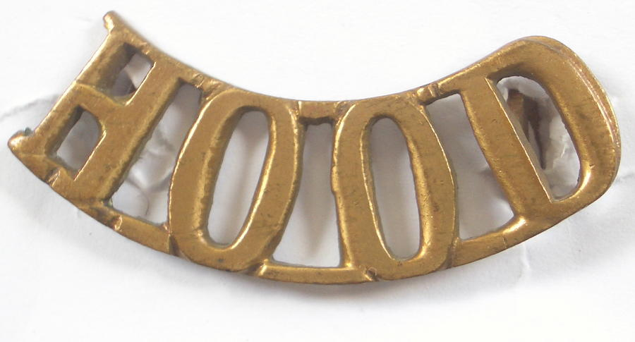 HOOD brass WW1 RND shoulder title