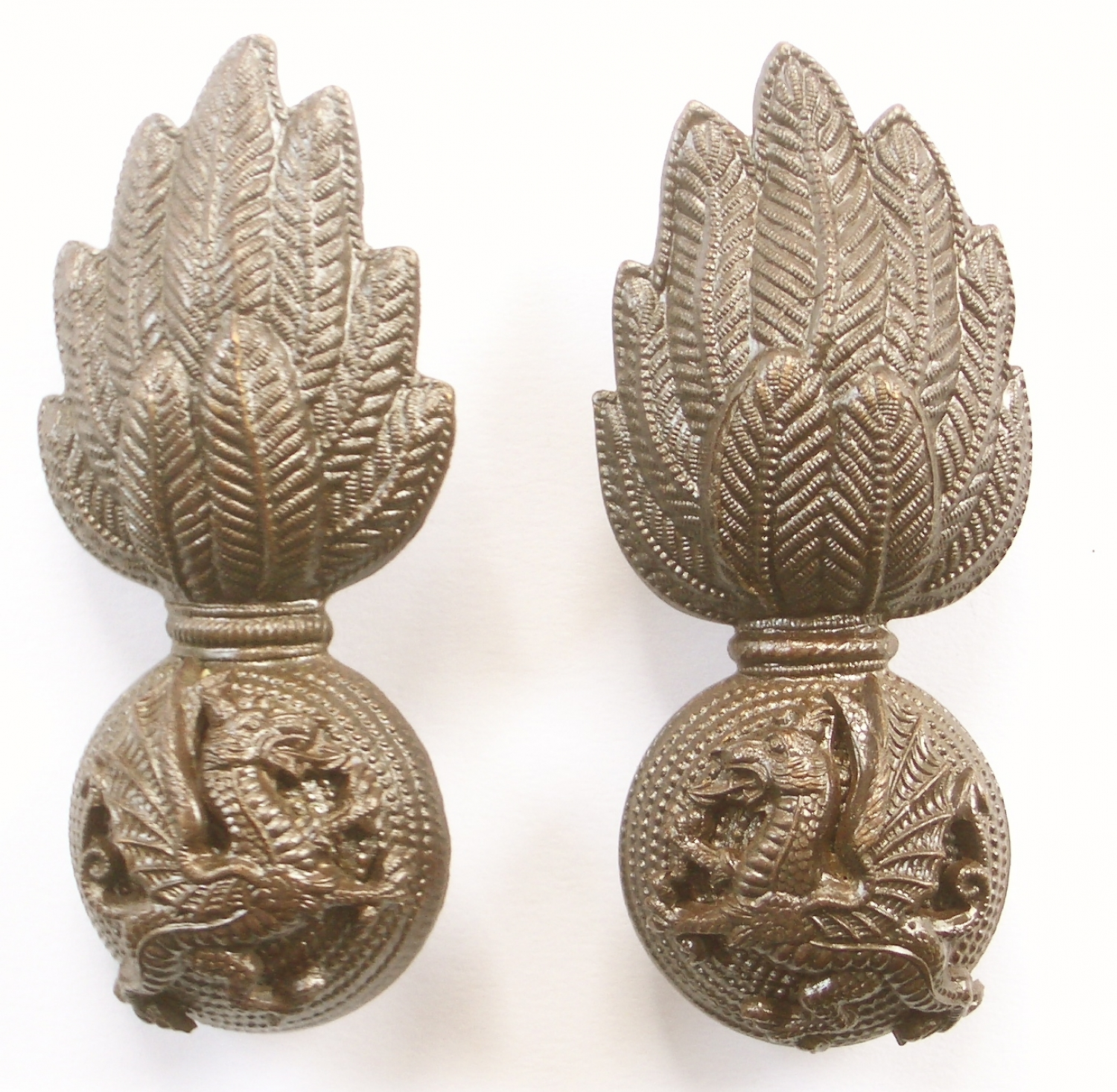 Royal Welsh Fusilier OSD collar badges