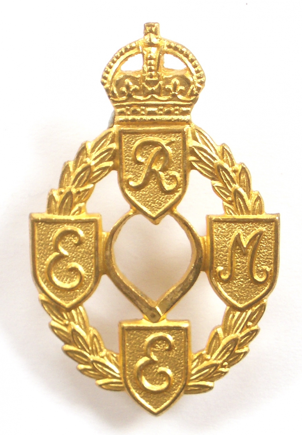REME WW2 gilt Officer cap badge
