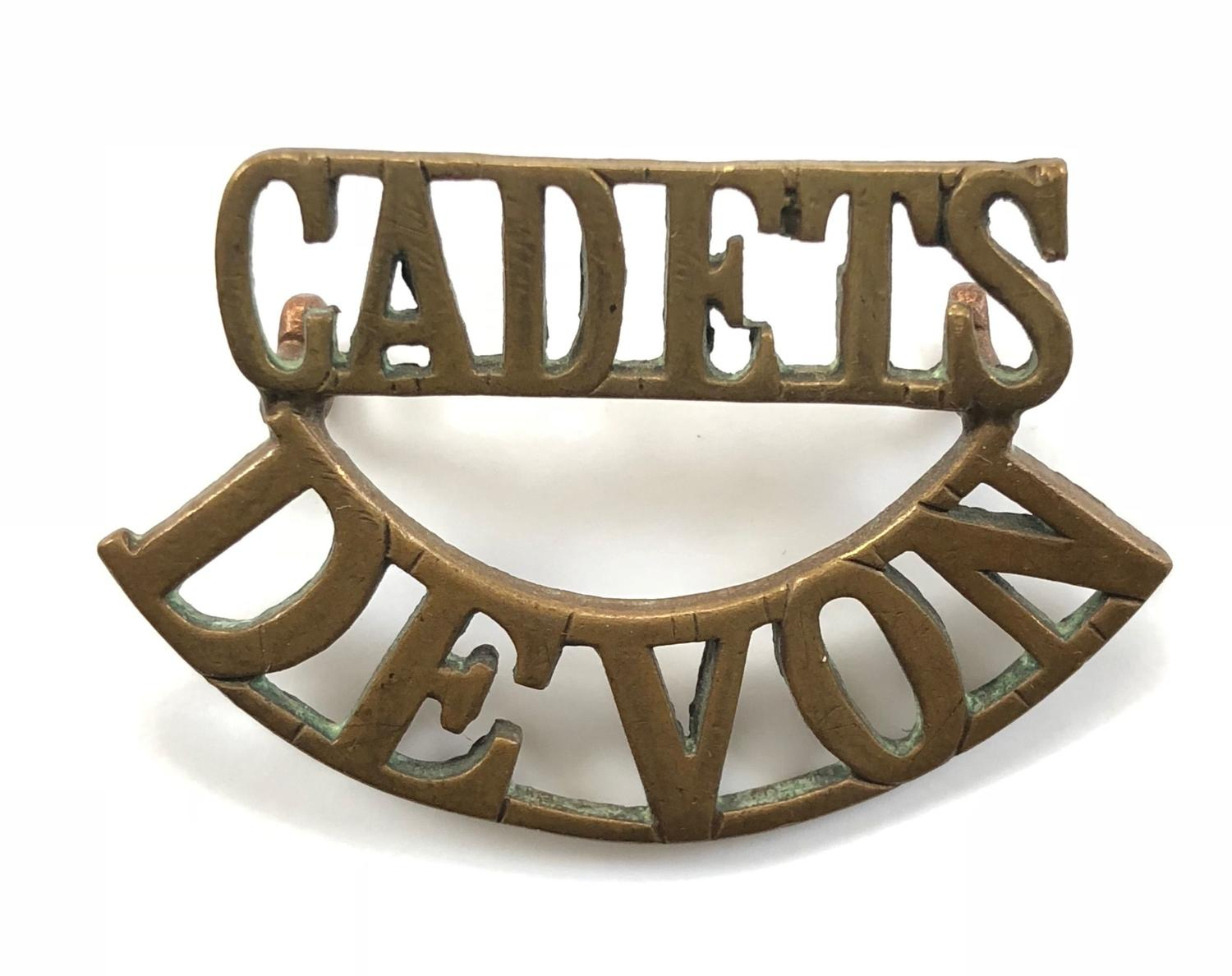 CADETS/DEVON scarce brass shoulder title