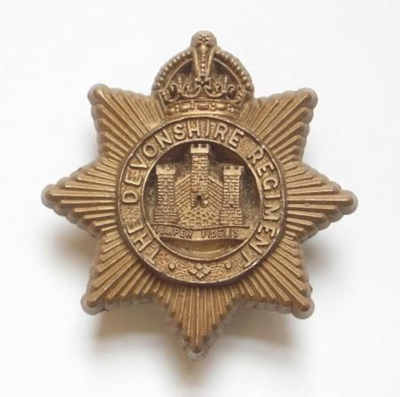 Devonshire Regiment WW2 plastic cap badge by A. Stanley & Sons