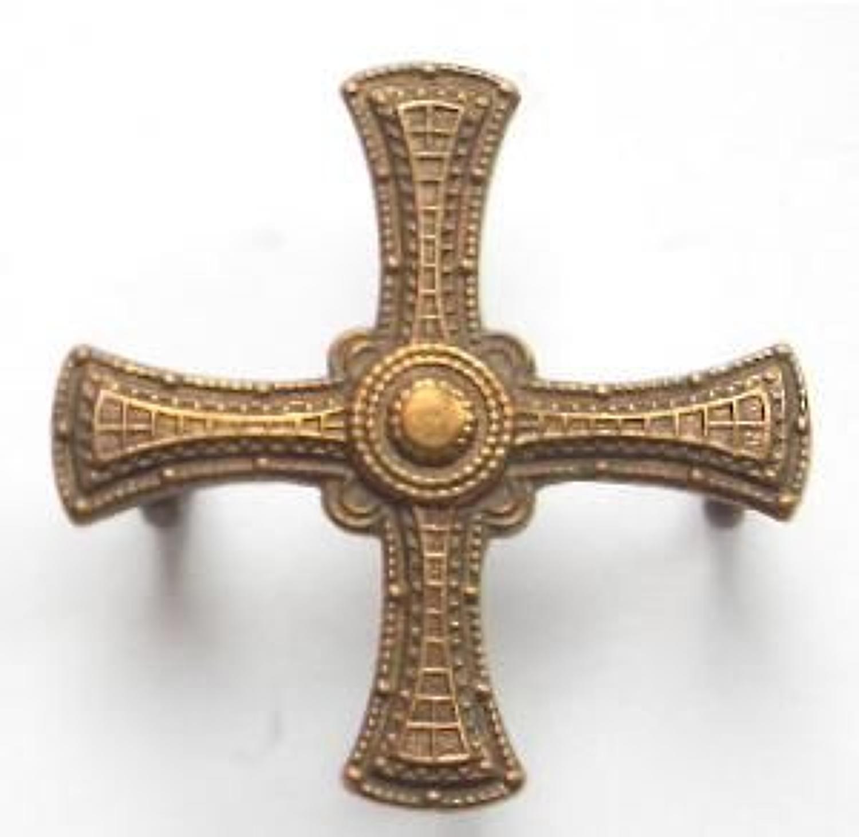 Durham University OTC bronze cap badge.
