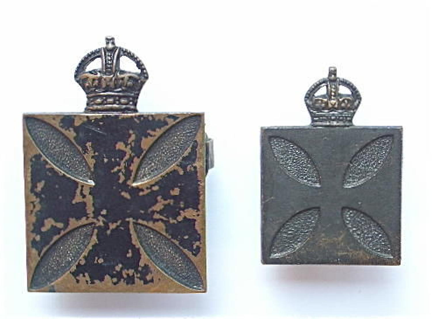 WW1 Royal Army Chaplains Department cap badge and collar.