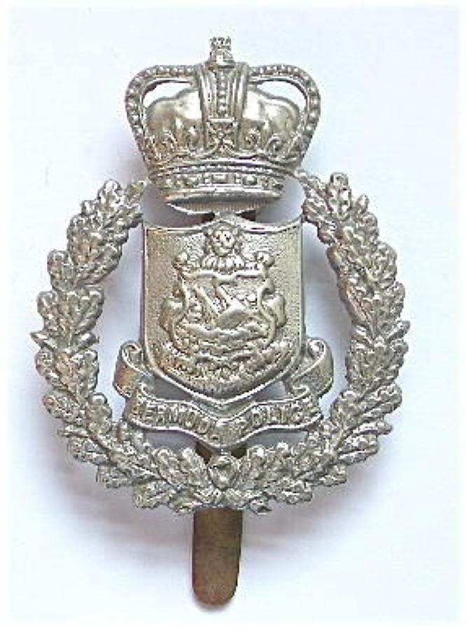 Bermuda Police cap badge by Dowler, Birmingham.