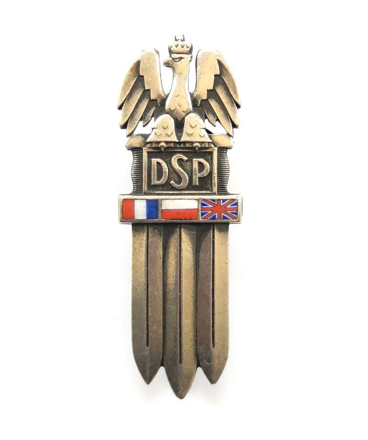 WW2 Polish 2nd Infantry Division 1st type breast badge.