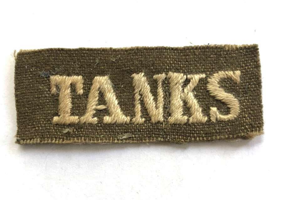TANKS scarce WWI Tank Corps cloth sew-on shoulder title